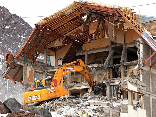 Demoliciones en paso los Libertadores 2